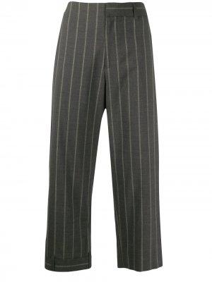 Укороченные брюки в тонкую полоску Monse. Цвет: серый