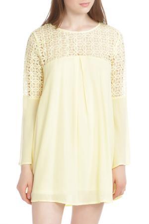 Платье Chloah. Цвет: желтый