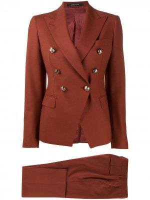 Костюм с двубортным пиджаком Tagliatore. Цвет: коричневый
