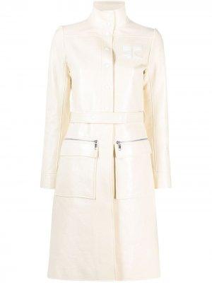 Пальто миди из искусственной кожи Courrèges. Цвет: желтый