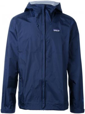 Спортивная куртка Torrentshell Patagonia. Цвет: синий