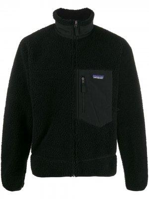 Флисовая куртка-бомбер Patagonia. Цвет: черный