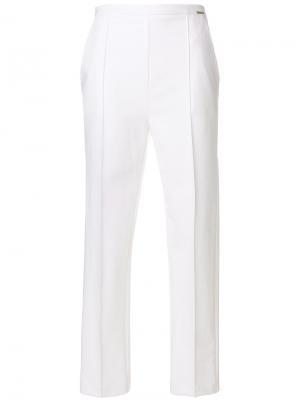 Прямые брюки Elisabetta Franchi. Цвет: белый