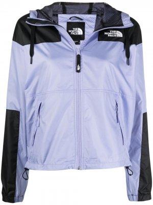 Куртка в стиле колор-блок с капюшоном The North Face. Цвет: фиолетовый