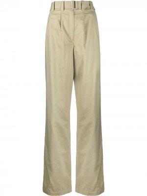 Прямые брюки со складками Lemaire. Цвет: зеленый