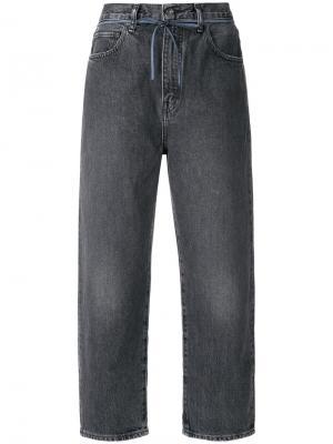 Укороченные широкие джинсы Levi's: Made & Crafted. Цвет: серый