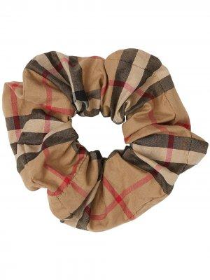 Резинка для волос в клетку Vintage Check Burberry Kids. Цвет: коричневый