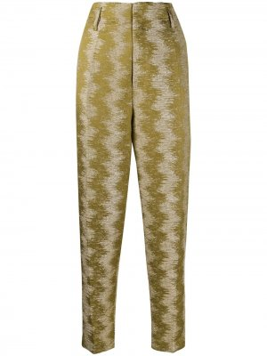 Зауженные брюки с узором зигзаг Forte. Цвет: зеленый