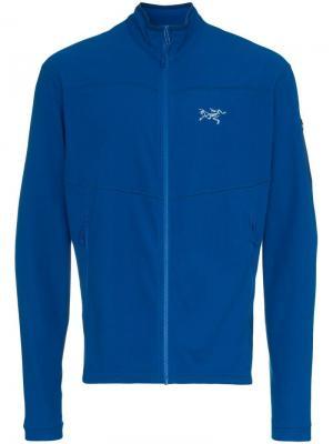 Куртка с застежкой на молнии Arc'teryx. Цвет: синий