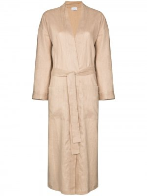 Длинный халат Pour Les Femmes. Цвет: нейтральные цвета