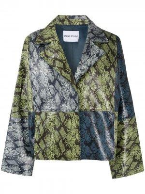 Куртка оверсайз со змеиным принтом STAND STUDIO. Цвет: зеленый