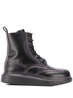 Броги Hybrid на шнуровке Alexander McQueen. Цвет: черный