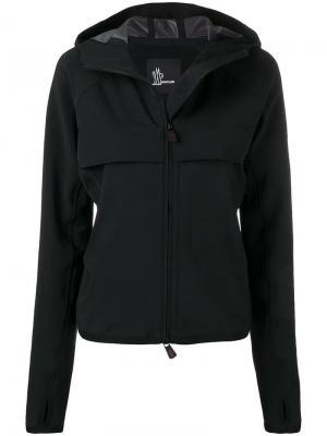 Приталенная куртка с капюшоном Moncler Grenoble. Цвет: черный