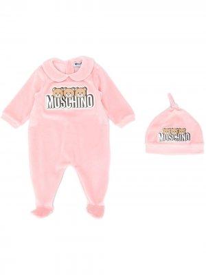 Пижама с логотипом Moschino Kids. Цвет: розовый
