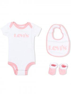 Levis Kids комплект из боди, нагрудника и носков Levi's. Цвет: белый