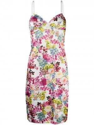 Ночная сорочка с цветочным принтом Dolce & Gabbana. Цвет: белый