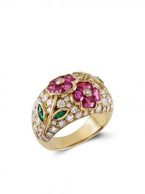 Кольцо из желтого золота с бриллиантами, изумрудом и сапфиром Van Cleef & Arpels. Цвет: золотистый