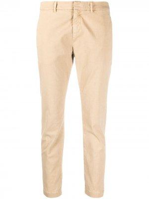Укороченные брюки кроя слим Nili Lotan. Цвет: нейтральные цвета