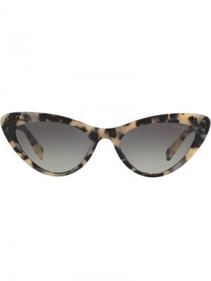 Солнцезащитные очки в оправе кошачий глаз Miu Eyewear. Цвет: нейтральные цвета