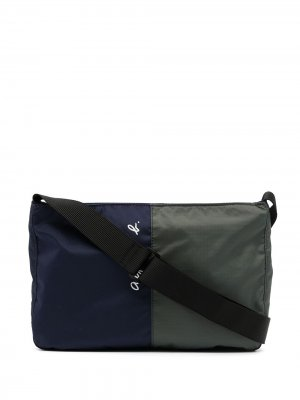 Двухцветная сумка на плечо agnès b.. Цвет: синий