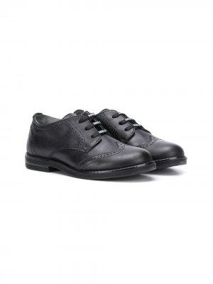 Туфли на шнуровке с брогированием Monnalisa. Цвет: черный
