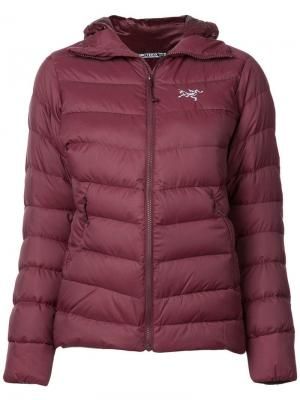 Quilted hooded jacket Arc'teryx. Цвет: красный