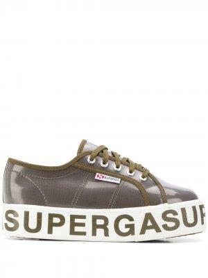 Кеды на платформе с логотипом Superga. Цвет: зеленый