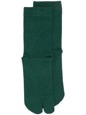 Носки Tabi Maison Margiela. Цвет: зеленый