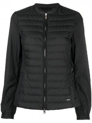 Куртка-пуховик на молнии Woolrich. Цвет: черный