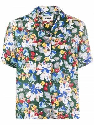 Рубашка с короткими рукавами и цветочным принтом YMC. Цвет: зеленый