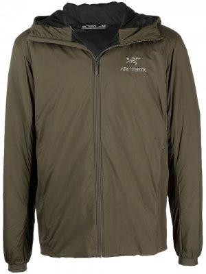 Arcteryx легкая куртка с капюшоном Arc'teryx. Цвет: зеленый