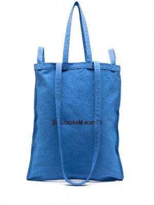 Сумка-тоут Number 6 с логотипом MM6 Maison Margiela. Цвет: синий