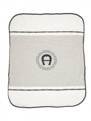 Одеяло с логотипом Aigner Kids. Цвет: синий