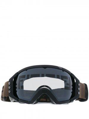 Лыжные очки с затемненными линзами Fendi. Цвет: черный