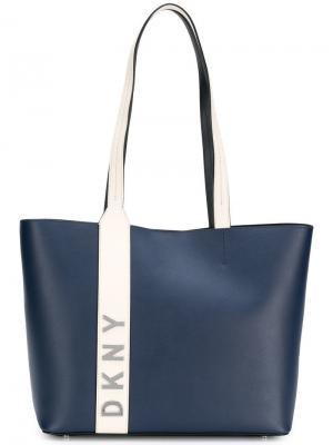 Объемная сумка-тоут с логотипом Donna Karan. Цвет: синий