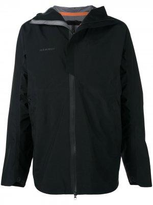 Куртка с капюшоном Mammut. Цвет: черный