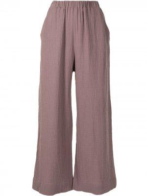 Расклешенные брюки 0711. Цвет: красный