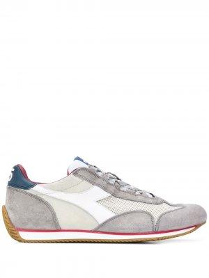 Кроссовки в стиле колор-блок Diadora. Цвет: серый