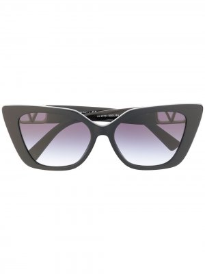 Солнцезащитные очки в оправе кошачий глаз Valentino Eyewear. Цвет: черный