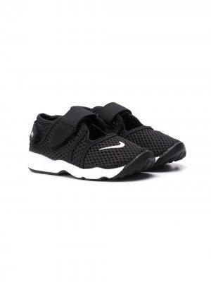 Сетчатые кроссовки Little Rift Nike Kids. Цвет: черный