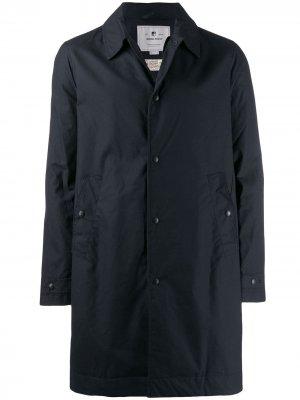 Куртка-дождевик с капюшоном Woolrich. Цвет: синий